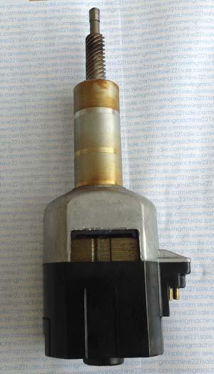 Singer500slantmotor2.jpg